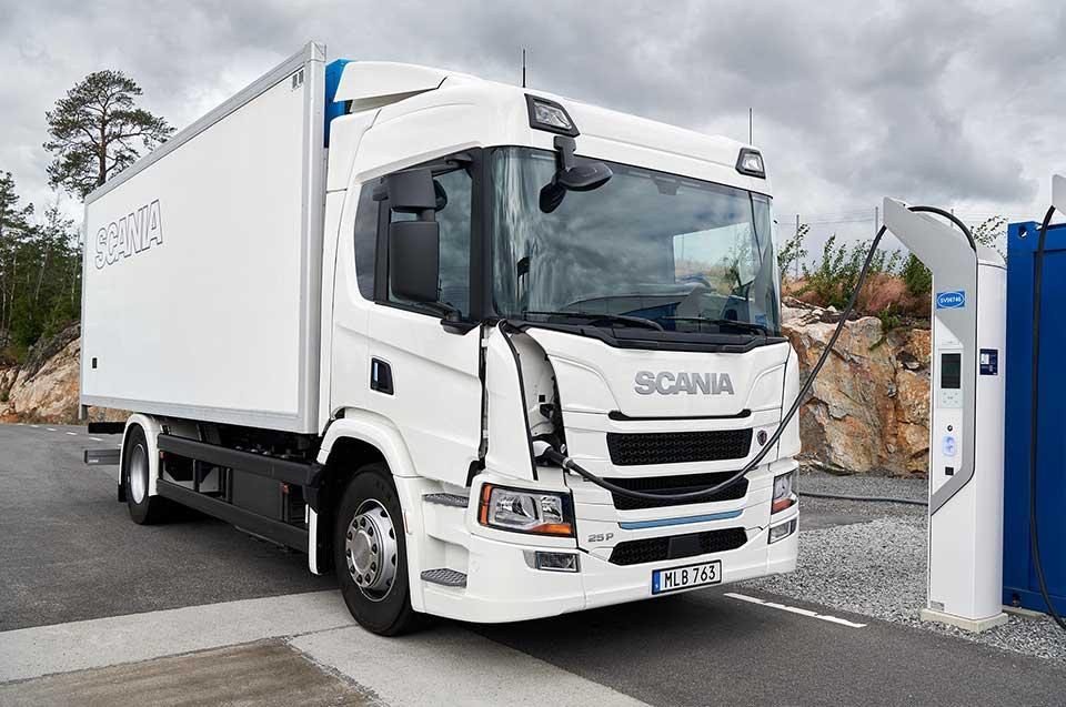 Scania-e-Mobility-1-20110-009